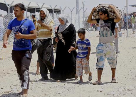 Iraq, militanti prendono controllo di sede governo provincia a Mosul