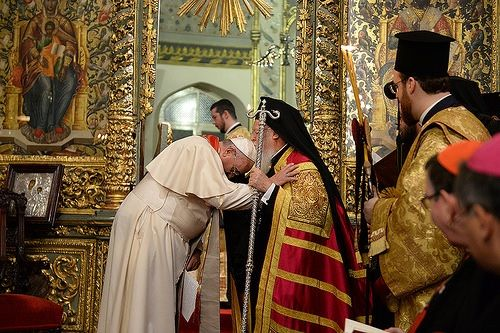 Bergoglio receives 'the blessing' of Patriarch Bartholomew I of Constantinople!