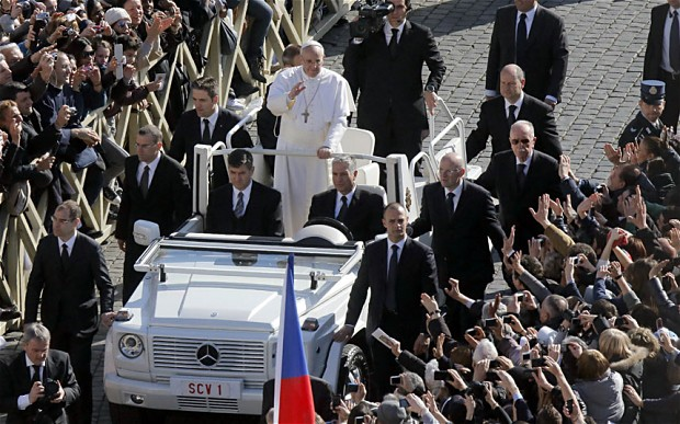 Bergoglio 'Sardine In can' forgoes popemobile