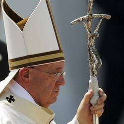 Bergoglio's pastoral staff has broken and is taped back together...