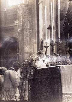 holy-sacrifice-of-the-mass-christs-vicar-his-holiness-pope-pius-xii-offering-the-holy-sacrifice-of-the-mass-pius-v-missal-st-peters-basilica-rome